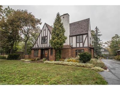 Shaker Heights Single Family Home For Sale: 3199 Van Aken Blvd