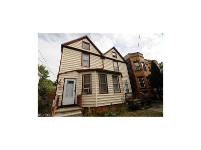 Lakewood Multi Family Home For Sale: 1469 Newman Ave