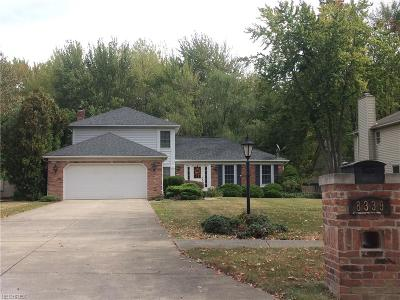 Olmsted Falls Single Family Home For Sale: 8339 Old Post Rd