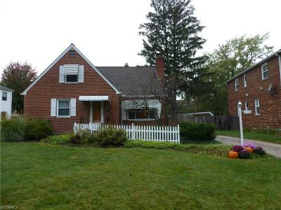 Bay Village, Rocky River Single Family Home For Sale: 3390 Wooster Rd