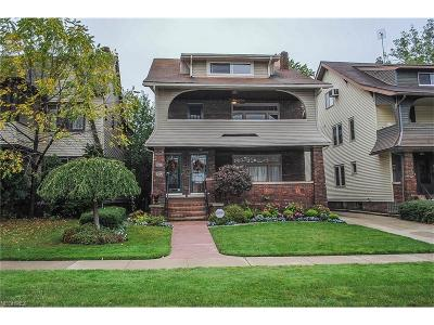 Lakewood Multi Family Home For Sale: 2204 Lincoln Ave