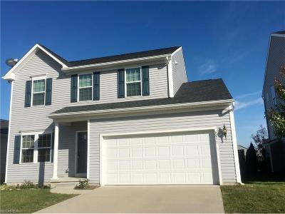 North Ridgeville Single Family Home For Sale: 6677 Majestic Dr