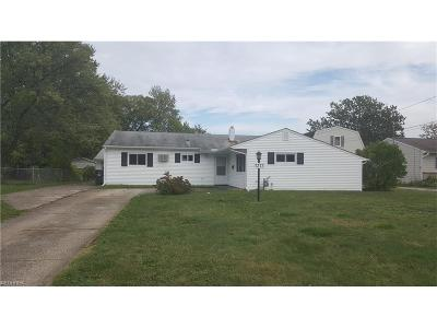 North Ridgeville Single Family Home For Sale: 7373 Denny Dr