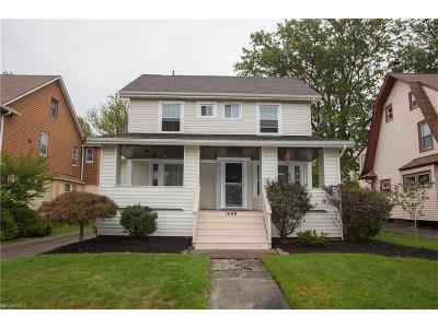 Lakewood Single Family Home For Sale: 1589 Clarence Ave
