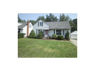 Wickliffe Single Family Home For Sale: 1585 Empire Rd