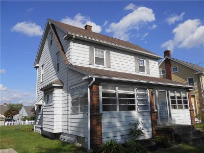 Struthers Single Family Home For Sale: 213 Como St