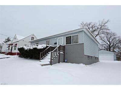 Cleveland Single Family Home For Sale: 17203 Wayne Dr