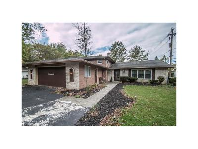 North Olmsted Single Family Home For Sale: 3906 Dover Center Rd
