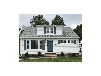 Willowick Single Family Home For Sale: 280 Woodmere Dr