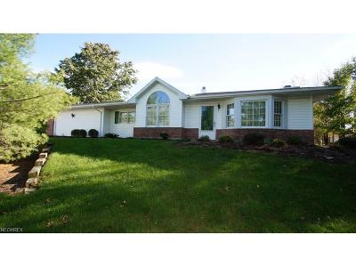 Strongsville OH Single Family Home Sold: $155,500