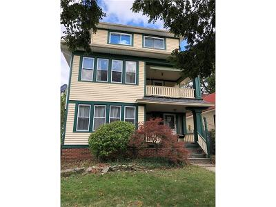 Lakewood Multi Family Home For Sale: 17436 Shaw Ave