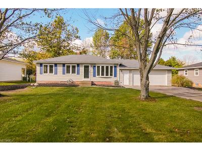 Strongsville OH Single Family Home For Sale: $169,900