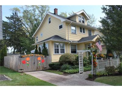 Lakewood Single Family Home For Sale: 2053 Atkins Ave