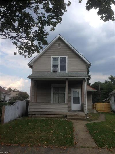Single Family Home For Sale: 415 Front Ave