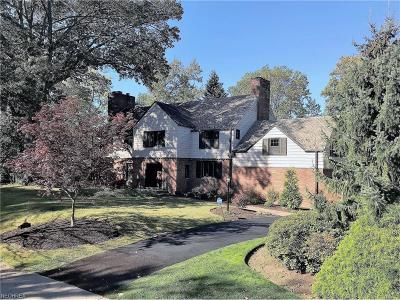 Shaker Heights Single Family Home For Sale: 23549 Stanford Rd