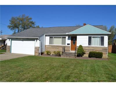 Lyndhurst Single Family Home For Sale: 5027 Emmet Rd