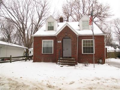 Mentor Single Family Home For Sale: 6387 Seminole Trl