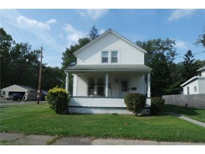 Painesville Single Family Home For Sale: 322 Marion Ave