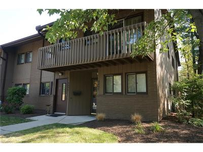 Cleveland Heights Condo/Townhouse For Sale: 2497 Euclid Heights Blvd