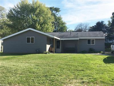 Kent Single Family Home For Sale: 1338 Arcadia Rd