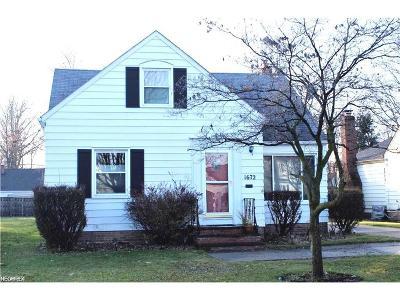 Lyndhurst Single Family Home For Sale: 1672 Brainard Rd