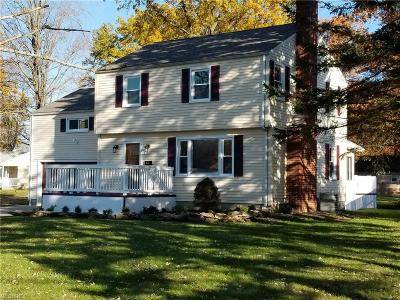 Youngstown Single Family Home For Sale: 3451 Bentwillow Ln