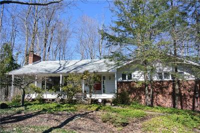 Brecksville, Broadview Heights Single Family Home For Sale: 6855 Westwood Dr