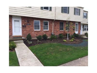 Mentor Condo/Townhouse For Sale: 7444 Avon Dr