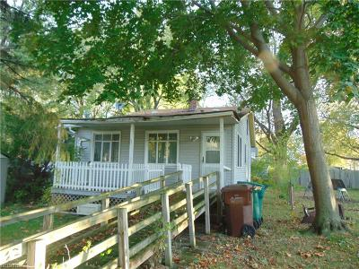 Painesville Single Family Home For Sale: 804 North Saint Clair St