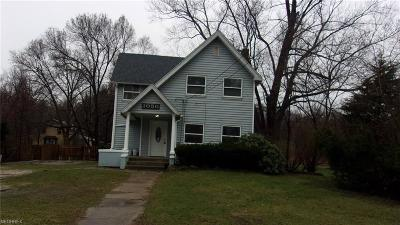 Geneva Single Family Home For Sale: 1050 West Main Ct