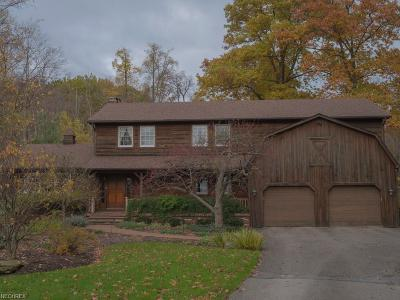 Chardon Single Family Home For Sale: 12444 Woodin Rd