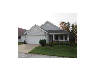 North Royalton Single Family Home For Sale: 5379 Trumpeter Blvd