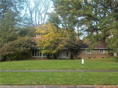 Cuyahoga County Single Family Home For Sale: 10997 Tanager Trl