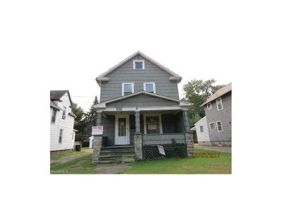 Warren Single Family Home For Sale: 570 Forest St Northeast