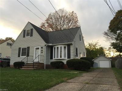North Olmsted Single Family Home For Sale: 5154 Lucydale Ave