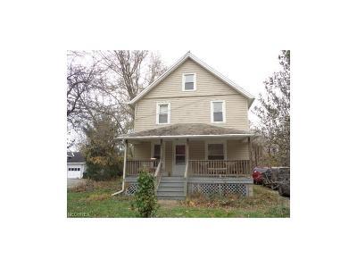 North Ridgeville Single Family Home For Sale: 33895 Lorain Rd