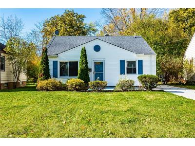 Parma Heights Single Family Home For Sale: 6784 Orchard Blvd