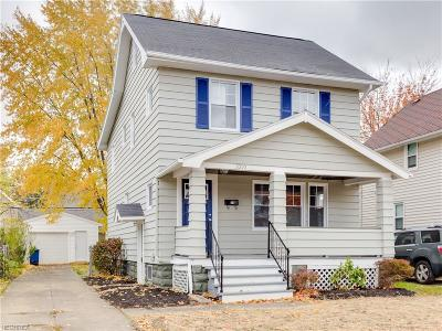 Lakewood Single Family Home For Sale: 2090 Richland Ave
