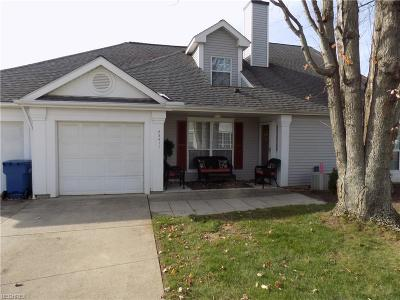 Olmsted Falls Condo/Townhouse For Sale: 23411 Grist Mill Ct