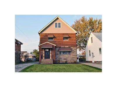Parma Single Family Home For Sale: 4434 Russell Ave