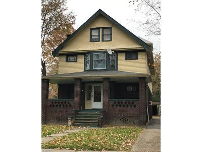 Cleveland Heights Multi Family Home For Sale: 1687 Glenmont Rd