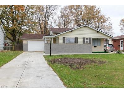 North Olmsted Single Family Home For Sale: 23856 Vincent Dr