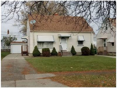 Garfield Heights Single Family Home For Sale: 13005 Shady Oak Blvd