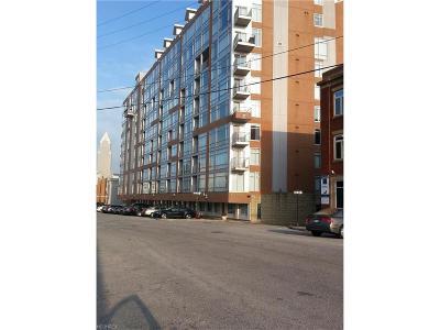 Condo/Townhouse For Sale: 2222 Detroit Ave #609