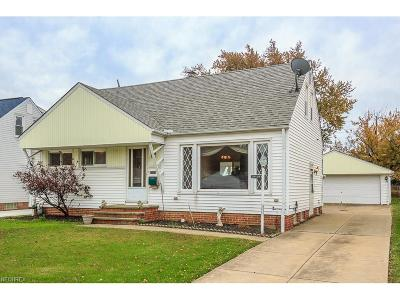 Willowick Single Family Home For Sale: 30428 Oakdale Rd
