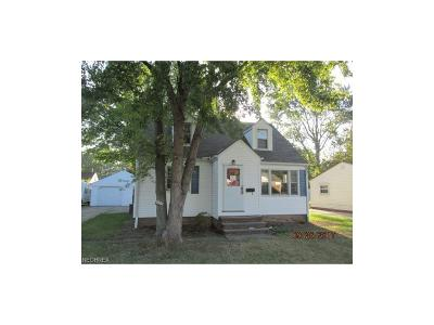 North Olmsted Single Family Home For Sale: 5561 Decker Rd