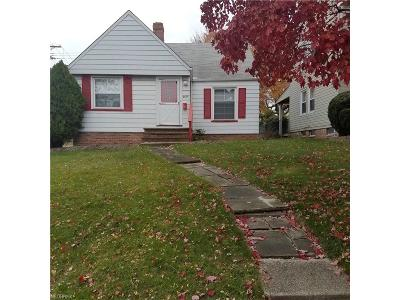 Garfield Heights Single Family Home For Sale: 9405 South Highland Ave