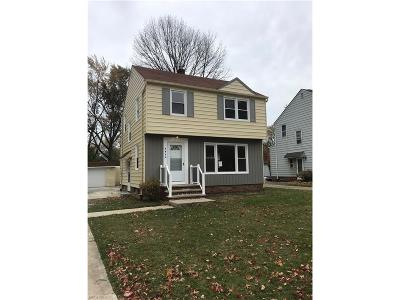South Euclid Single Family Home For Sale: 4029 Corwin Rd
