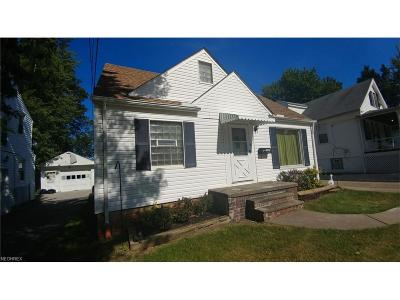 South Euclid Single Family Home For Sale: 1363 Sheffield Rd