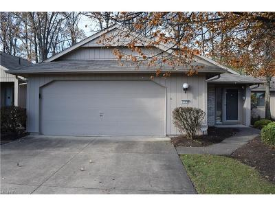 Strongsville OH Single Family Home For Sale: $224,900